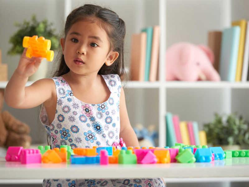A Escola Infantil Alfabeto oferece aos alunos - a partir de 4 meses - aula extracurricular de Psicomotricidade - aula permite trabalhar e compreender a forma como a criança toma consciência do seu corpo e das possibilidades de expressão.